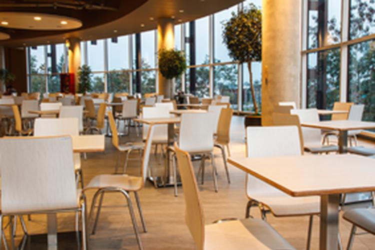 「ヒルトン福岡シーホーク」内従業員食堂